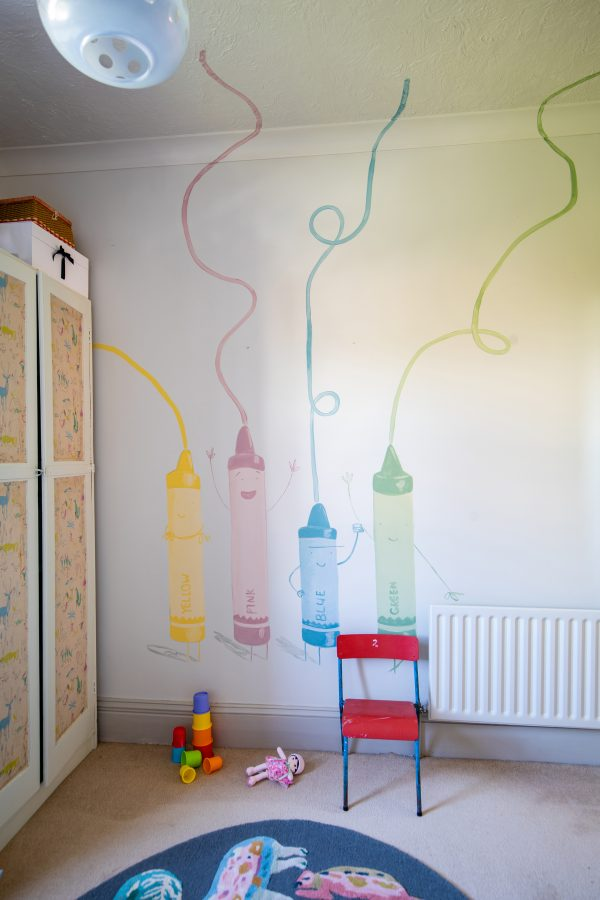 Gemaltes Kinderzimmer mit Farrow and Ball Modern Emulsion